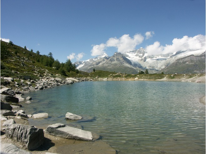 6196570-Lake_Gruensee_2300_m_Zermatt