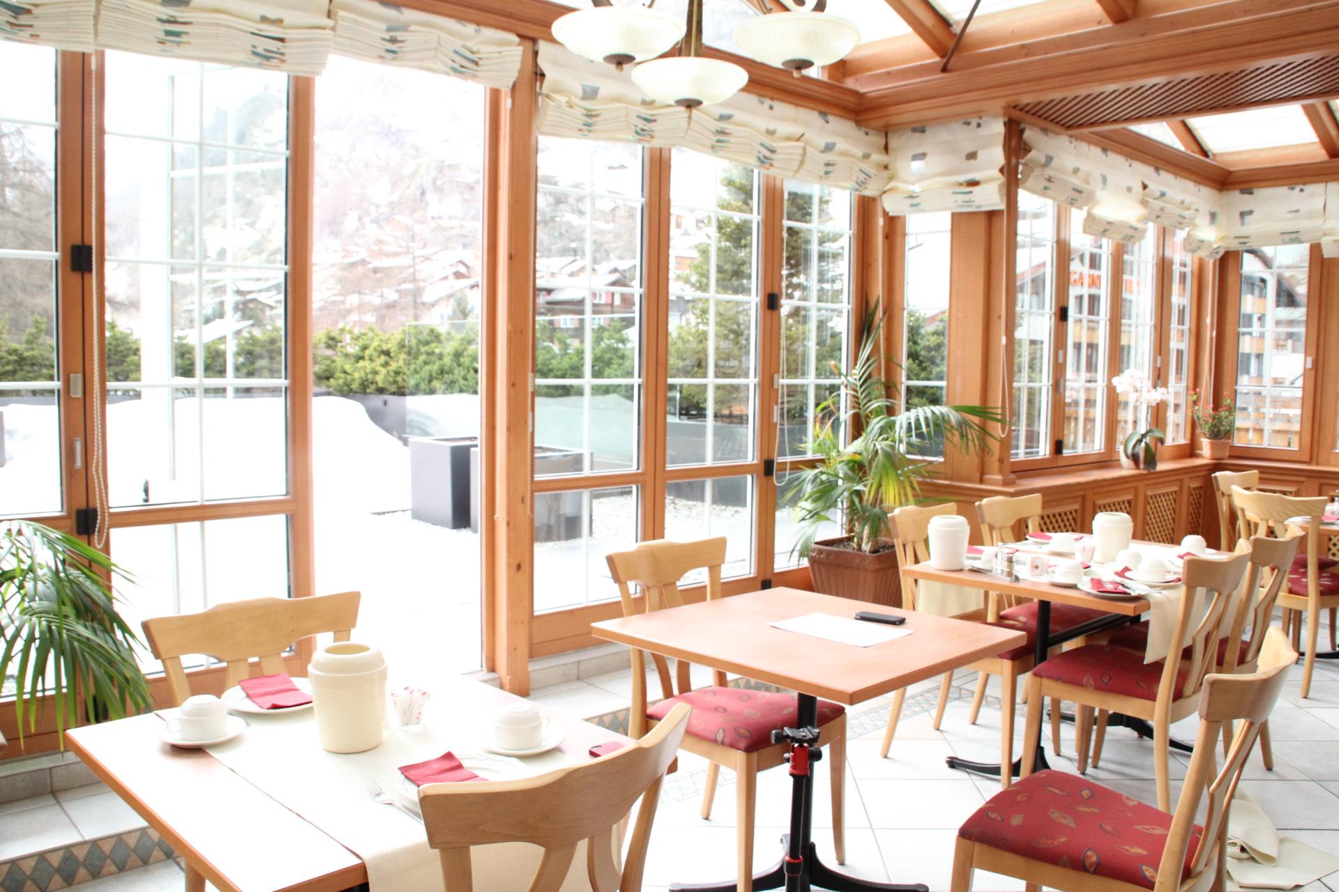 Hotel_Couronne-Zermatt-Terrasse-1-142928