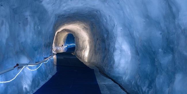 the journey to matterhorn glacier paradise zermatt. Black Bedroom Furniture Sets. Home Design Ideas