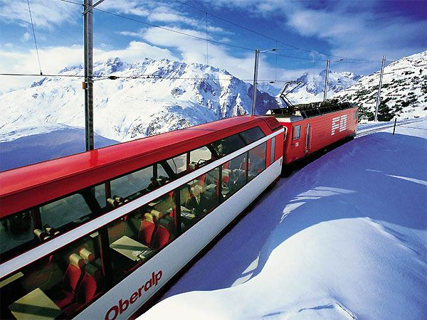 Rides on glacier express